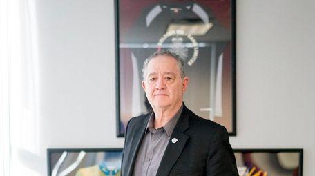 Lon Dolber, CEO of American Portfolios Financial Services