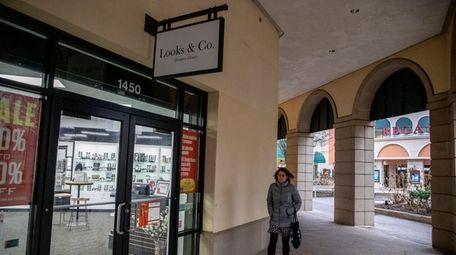 Looks & Co., selling designer eyeglasses and sunglasses,