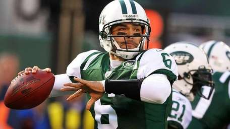 Mark Sanchez of the New York Jets throws