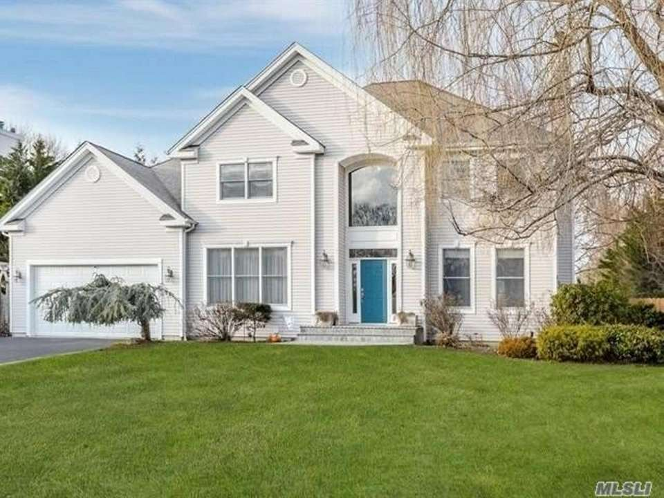 This St. James Colonial includes five bedrooms and