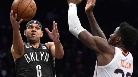 Jared Dudley, left, shown here during a victory