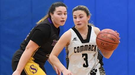 Katie Kelly had 17 points and nine steals