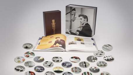 Elvis Presley 's 711 master recordings . The