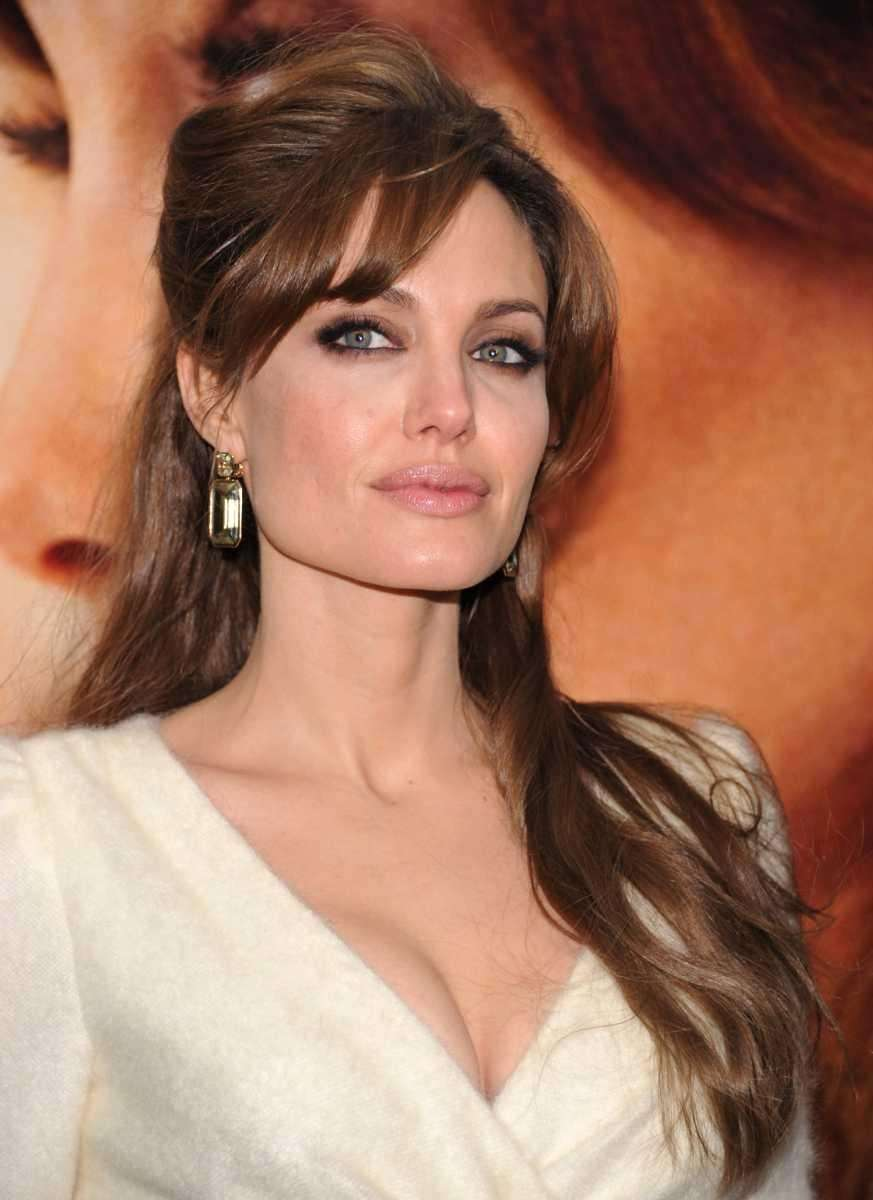 Jolie attends the world premiere of