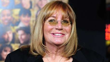 "Penny Marshall, who starred in the sitcom ""Laverne"