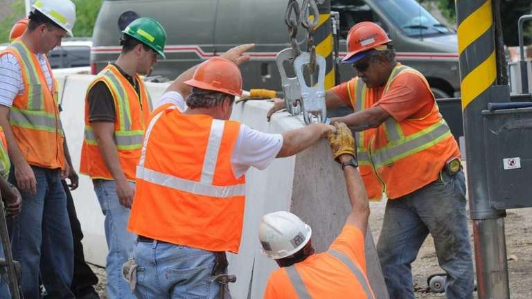 Crews at work on the new Roslyn viaduct