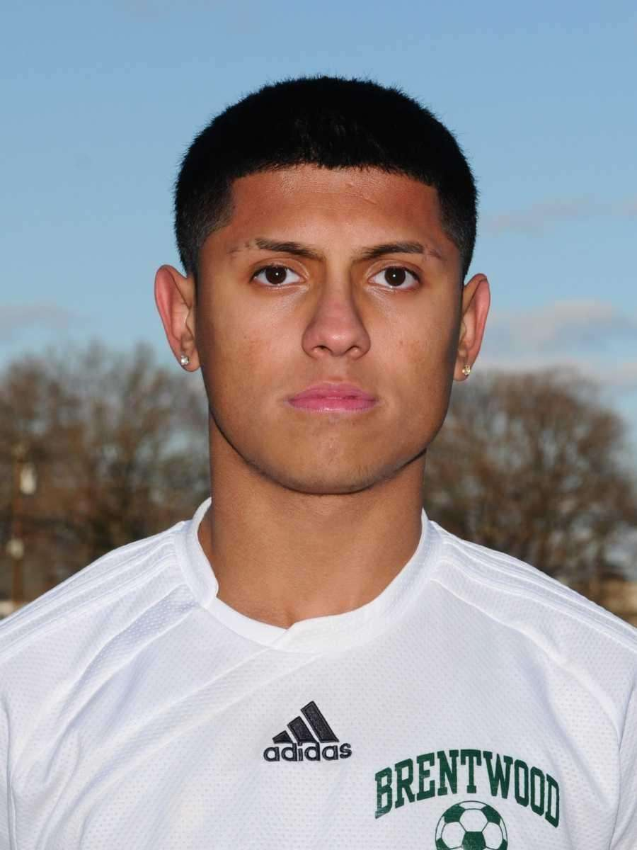 FRANK GUZMAN Suffolk Player of the Year Brentwood