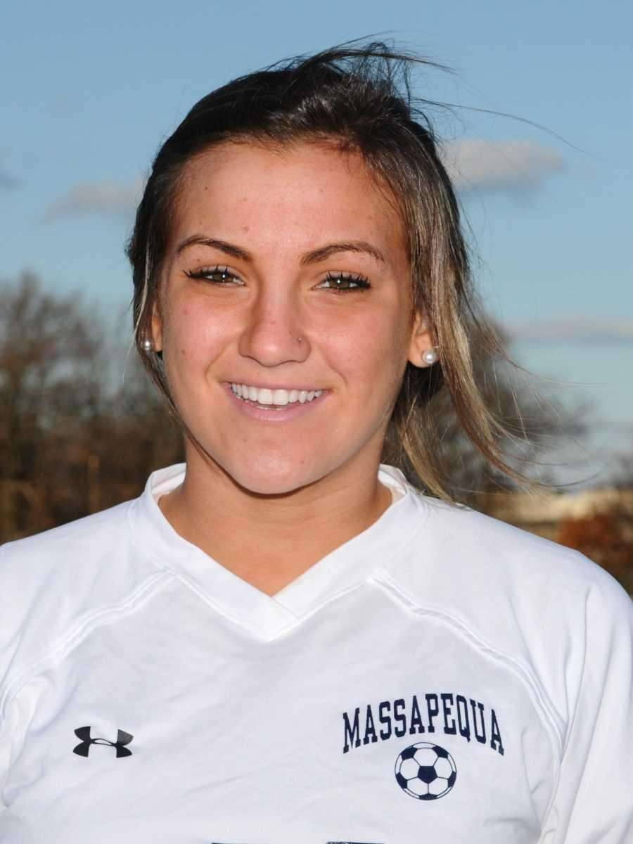 AMANDA REVERBERI LI Player of the Year Massapequa,