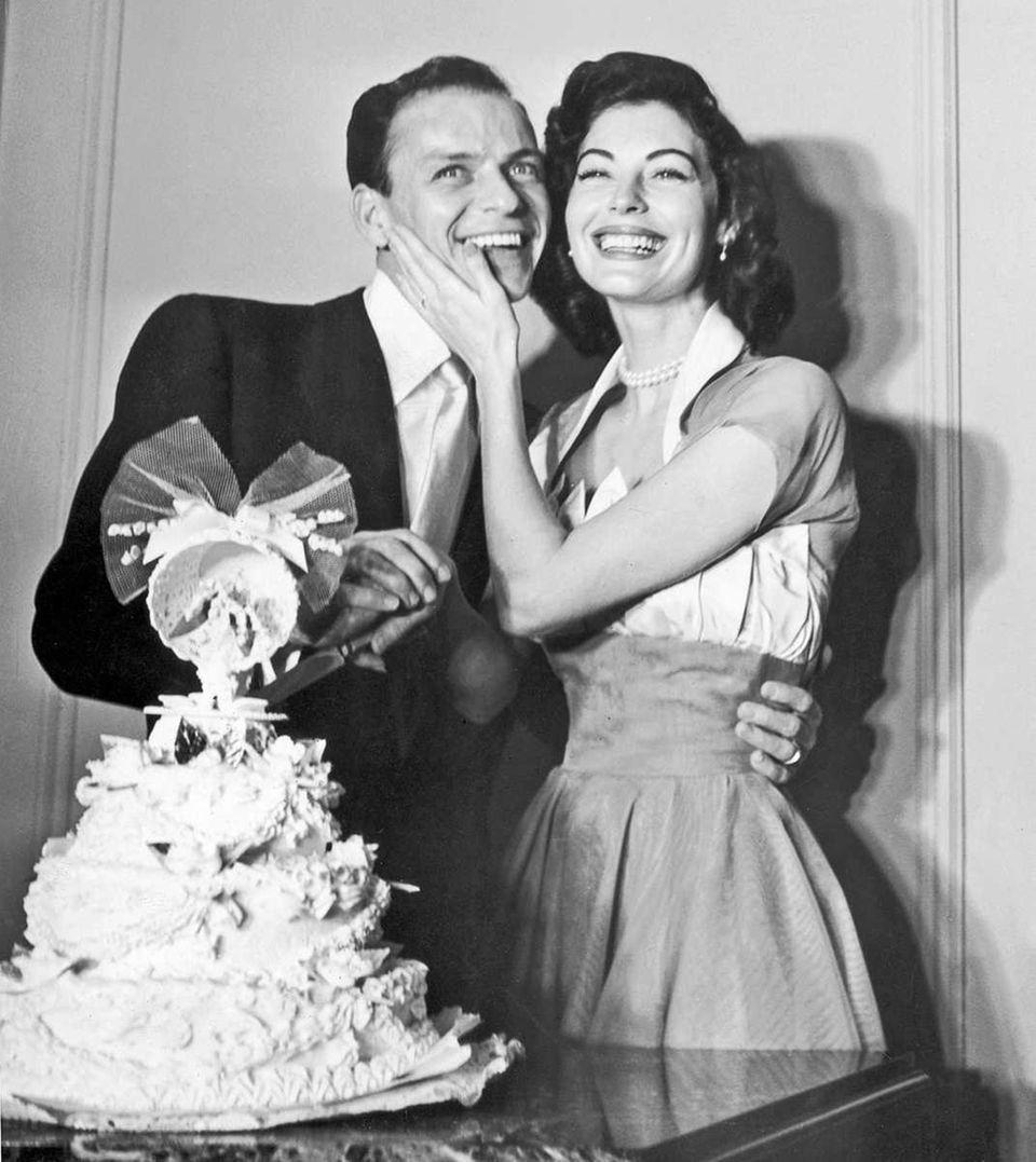 Frank Sinatra and Ava Gardner on their wedding