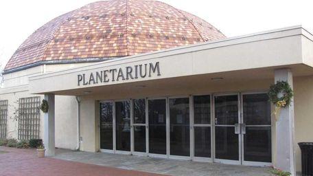 Suffolk's Vanderbilt Museum will reopen its planetarium March