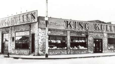 In 1930 Michael Cullen opened his first supermarket,