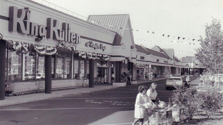 Exterior of the King Kullen supermarket in Montauk