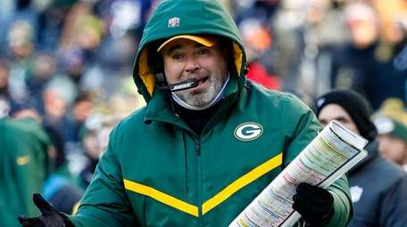 Head coach Mike McCarthy of the Green Bay