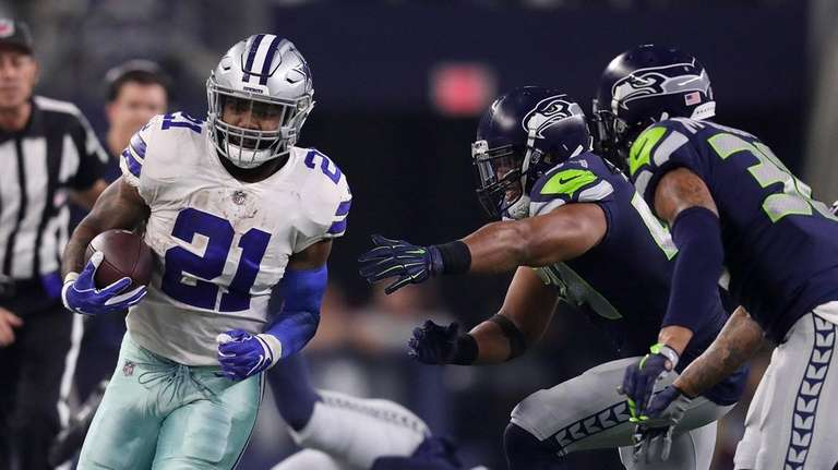 Ezekiel Elliott found lots of running room against