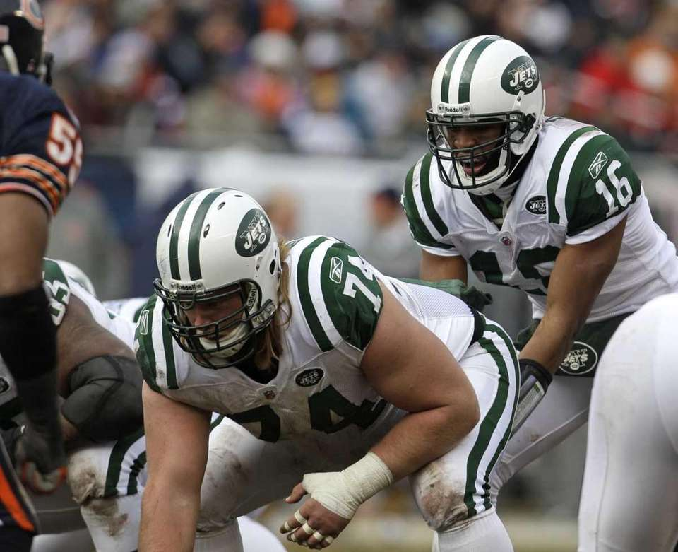 Jets wide receiver Brad Smith (16) prepares to