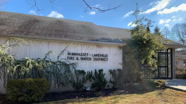 The Manhasset-Lakeville Water District, in a lawsuit, seeks