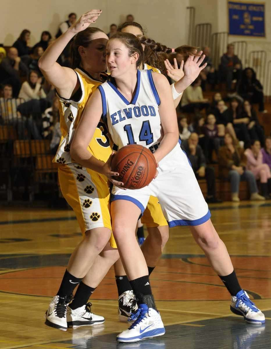 Glenn's Allison McKenna drives to the basket in