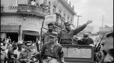 Fidel Castro in the streets of Santa Clara,