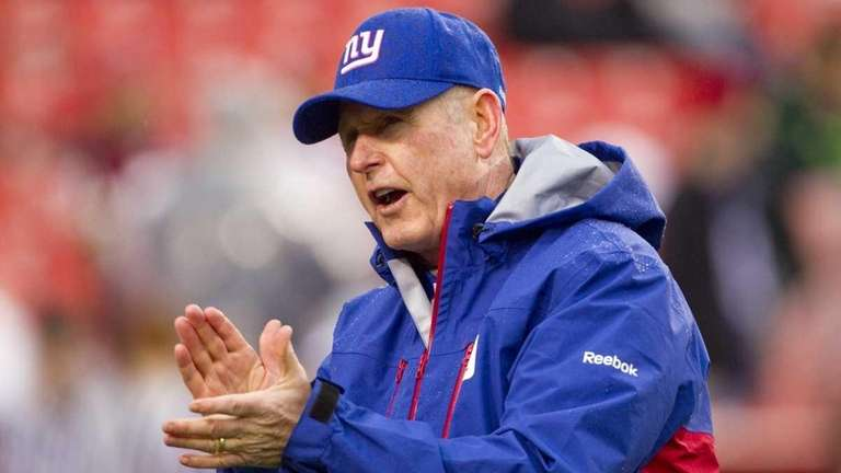 New York Giants head coach Tom Coughlin cheers