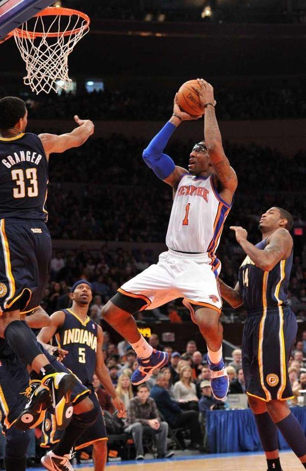 Knicks center Amar'e Stoudemire takes a jump shot