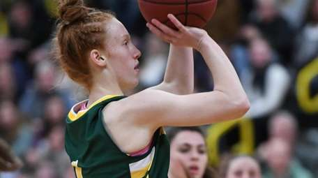 Ward Melville's Lauren Hansen against Commack on Friday,