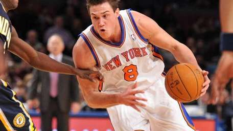 Knicks forward Danilo Gallinari says he's trying to