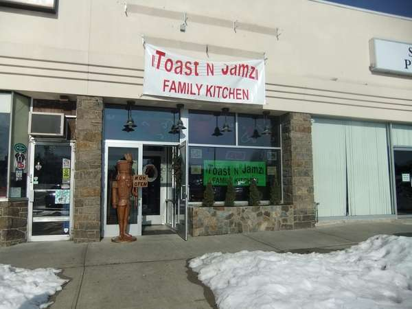 Toast N Jamz opened in Williston Park in