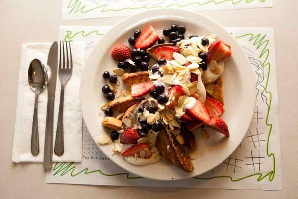 Challah toast with fresh berries, Russian cream and