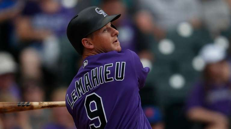 Colorado Rockies second baseman DJ LeMahieu (9) in