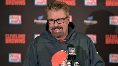 Gregg Williams, then the Browns' interim coach, answers
