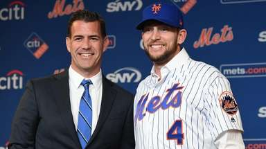 Mets general manager Brodie Van Wagenen welcomes Jed