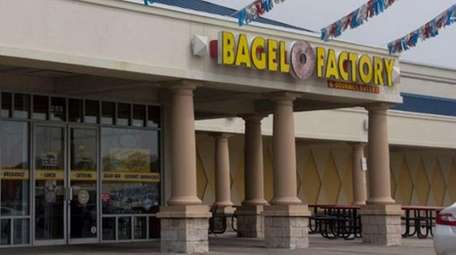 Bagel Factory in Farmingdale is now closed.