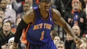 New York Knicks forward Amar'e Stoudemire races downcourt