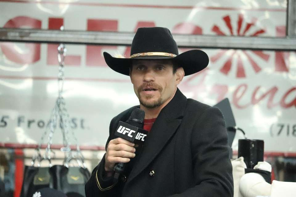 UFC lightweight Donald Cerrone appears at Gleason?'s Gym