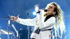 """Miley Cyrus performs at """"I Am The Highway:"""