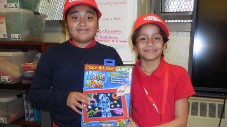 Kidsday reporters Melissa Alvarado, left, and Railenny Marcelino