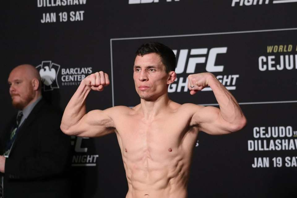 Joseph Benavidez weighs in ahead of UFC Brooklyn