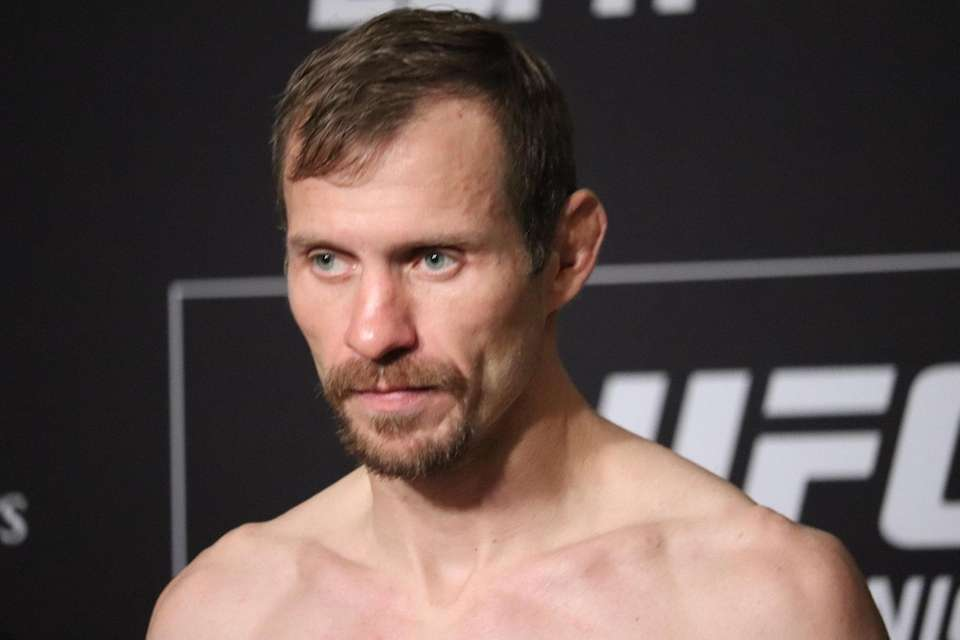 Donald Cerrone weighs in ahead of UFC Brooklyn