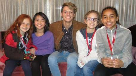 """Henry Danger"" star Jace Norman, center, with Kidsday"