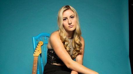 Massapequa Park's Taylor Hogan released her debut EP