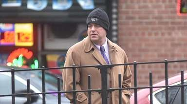 Attorney Steven Etkind in lower Manhattan after rushing