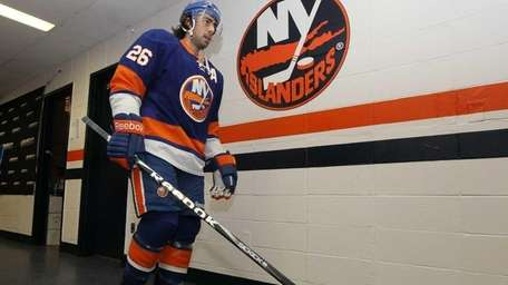 Matt Moulson #26 of the New York Islanders