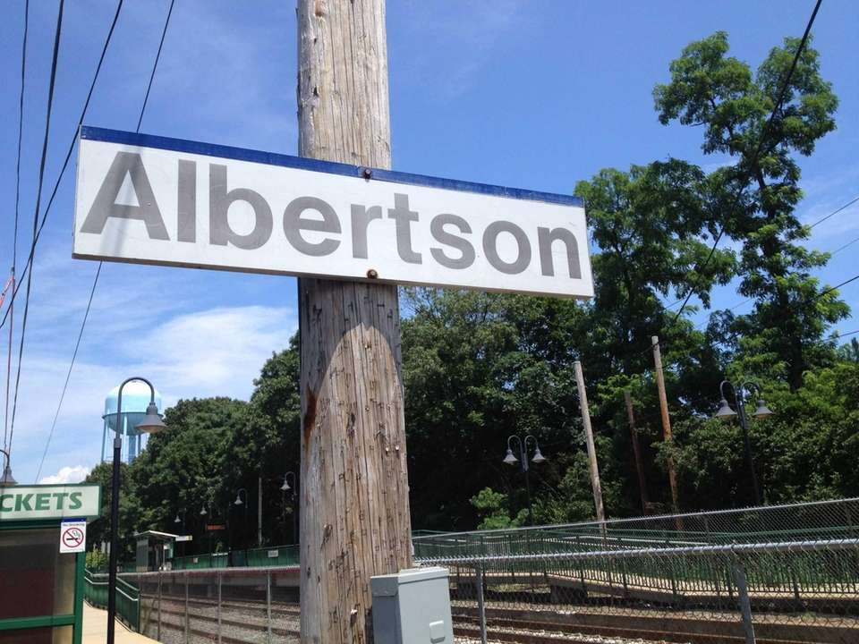 Albertson was first settled by a group of