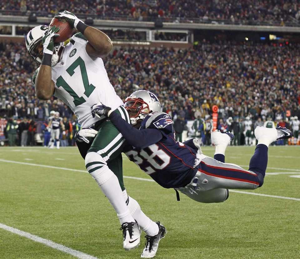 New York Jets wide receiver Braylon Edwards (17)