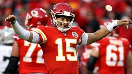 Patrick Mahomes of the Chiefs reacts against the