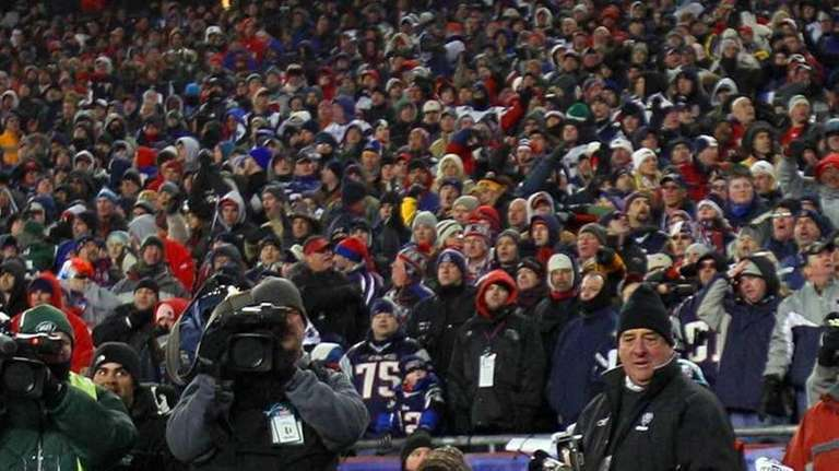 The Jets' Santonio Holmes celebrates his fourth quarter