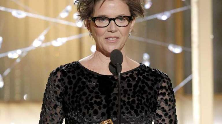 Annette Bening accepts the award for Best Actress