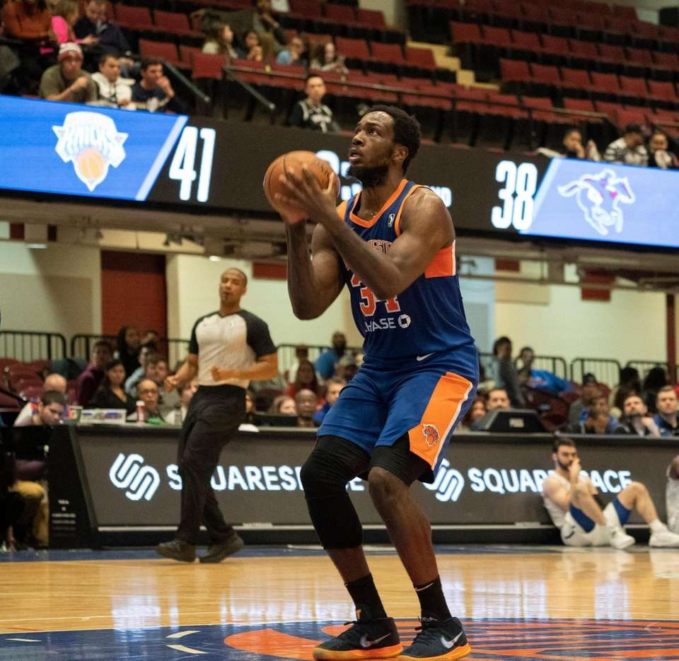 Action photos of Jameel Warney, 34, playing for