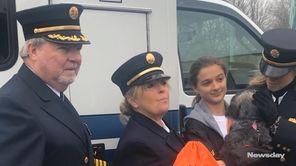 Victoria Glassof Lake Grovegave oxygen masks for use