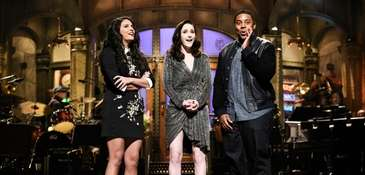 Cecily Strong, left, host Rachel Brosnahan, and Kenan
